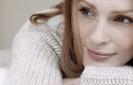 Woman wearing a wool pullover