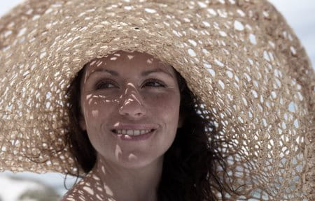 How to protect skin from sun