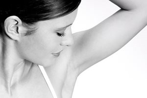 Eucerin model exposing under arm