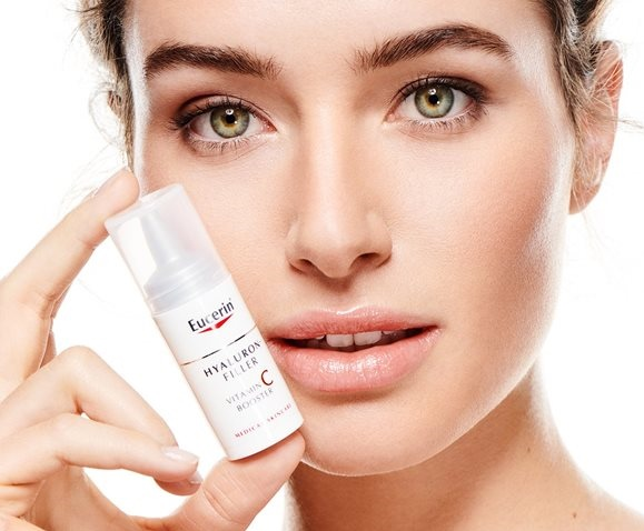 Hyaluron-Filler Vitamin C Booster  anti-aging   Eucerin