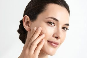 Use Eucerin CC Cream with Hyaluronic Acid and Glycine Saponin