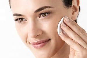 Aging skin: cleanse regularly